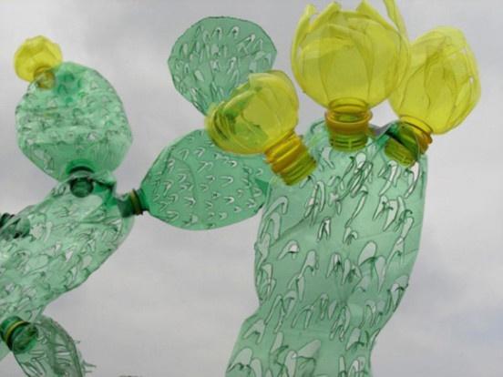 Арт-объекты из пластиковой тары
