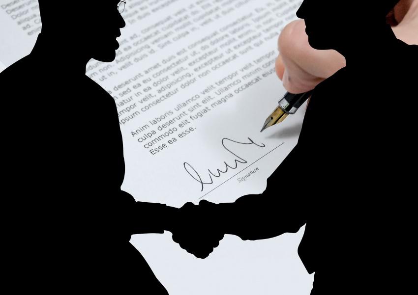 Как заключить контракт с фрилансером