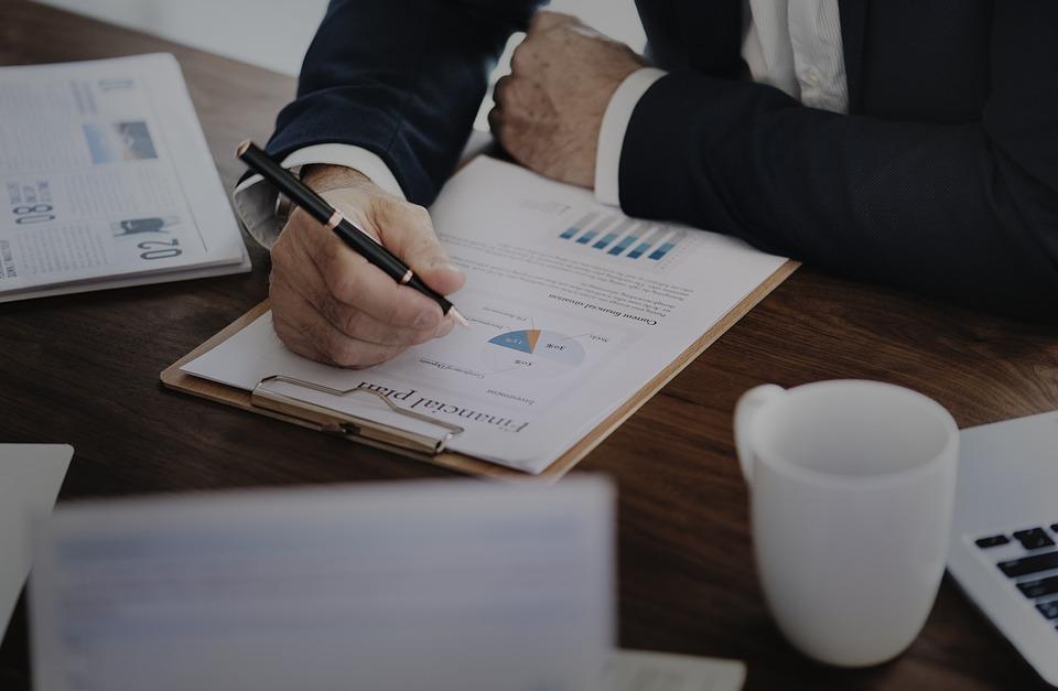 Как проверить эффективность рекламных кампаний с помощью систем аналитики