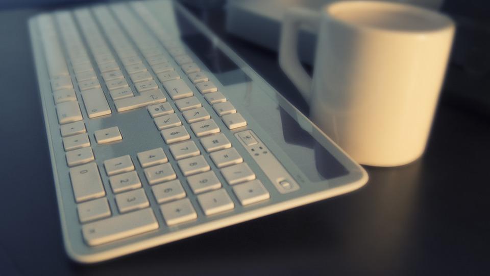 Как писать статьи в блог, чтобы конвертировать читателей в клиентов