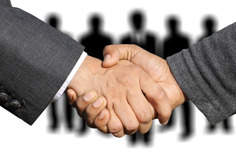 Нанять фрилансера или агентство? Плюсы и минусы
